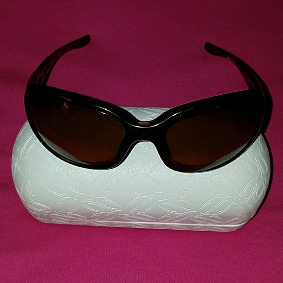 1cba4a3efd Oakley Polarized Sunglasses - Urgency (OO9158-02).  M 5ae34d1a9cc7efb09f0a9e38